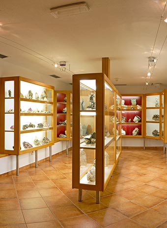 Vorschaubild - Kulturmeile Station: Museo mineralogico